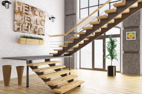Moderne Holztreppe im Apartment