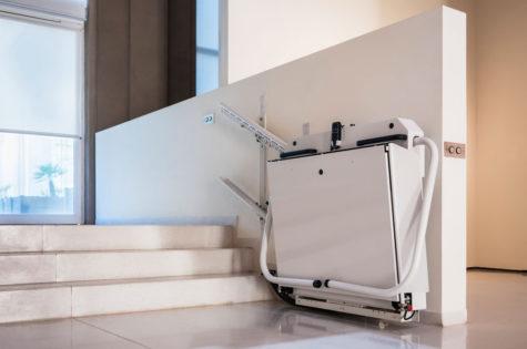 Zusammenklappbarer Rollstuhllift für Aussentreppen