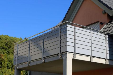 Balkonbrüstung Aluminium