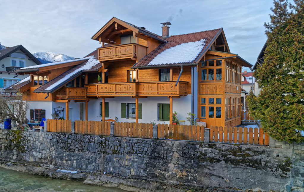Balkonbrüstung Holz
